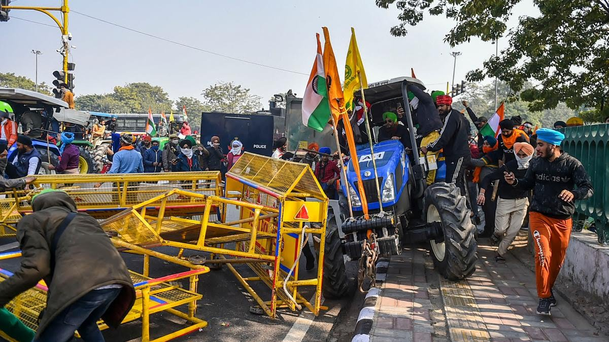 Republic Day Tractor Rally Delhi Live Updates